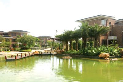 惠州奥林匹克花园的近水别墅实景.-房产
